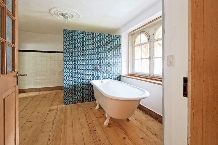 "KARAK designer tiles. KuQua Fine, ""Turkis 02"" glazing with raku firing. Swizerland. 2013"
