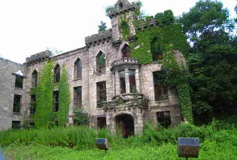 The Most Insane Abandoned Places In New York City Places In New