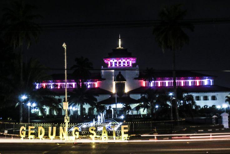 Bandung 2015, Gedung Sate