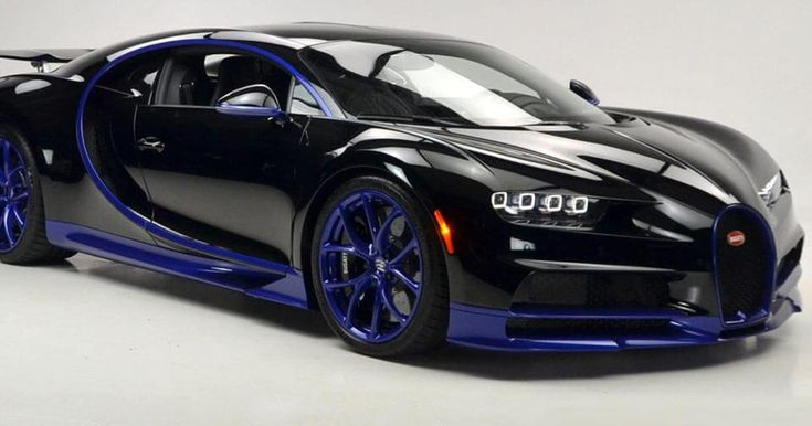 Black And Blue Bugatti Chiron Lands In The U.S. #Bugatti #Bugatti_Chiron