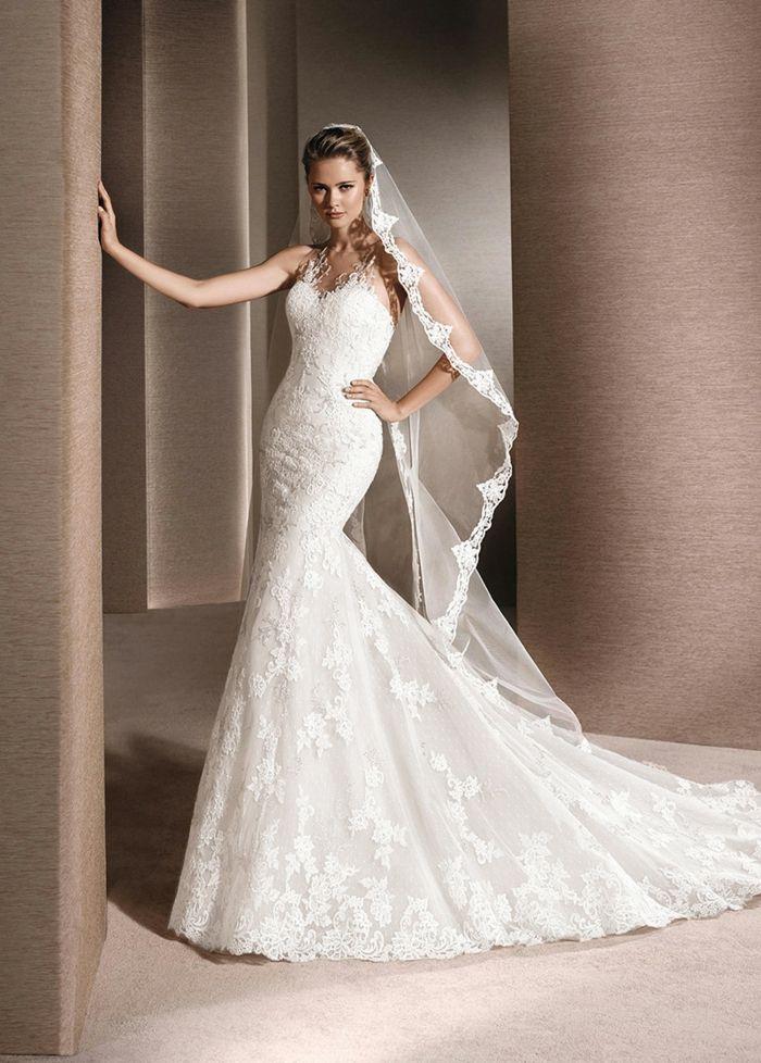 Robe de mariee dentelle avec voile