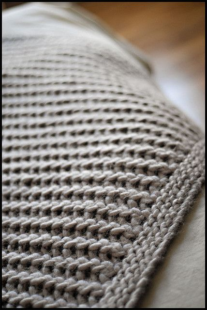Merino Chunky Throw by brooklyntweed. Free pattern. Quick and easy knit blanket.