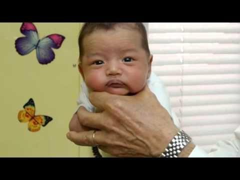 Как успокоить плачущего ребенка за 5 секунд - YouTube