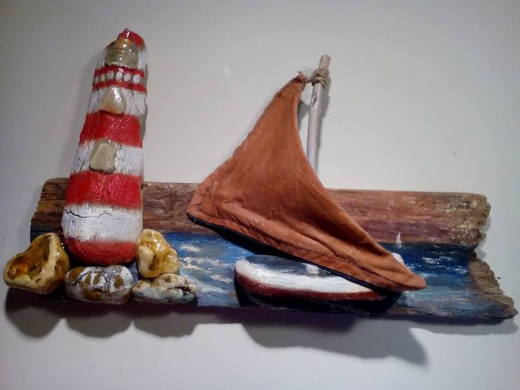 Made by me, Fani Paleologou, with driftwood and pebbles...
