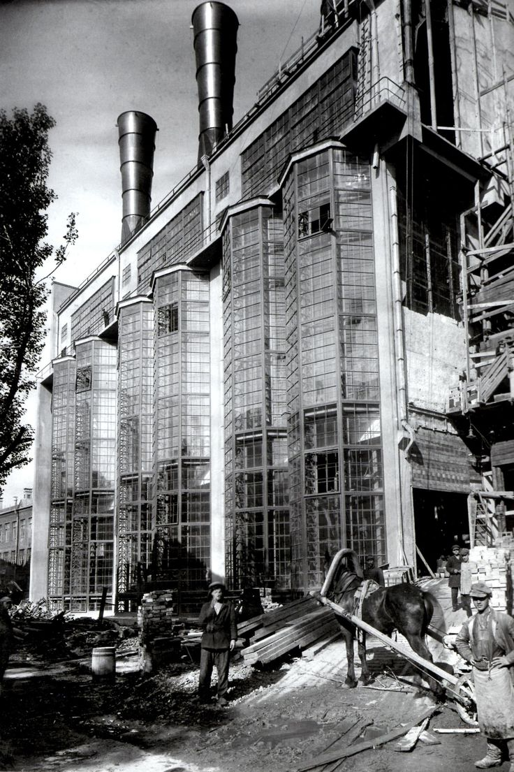 Russia, Moscow, 1926, Moscow City Electric Power Station, under construction in 1924   Designed by Ivan Zholtovskii