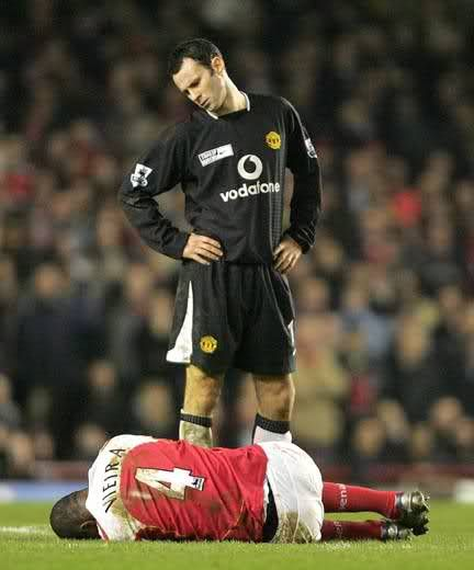 He gave Giggsy the ball...