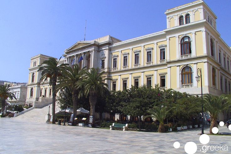 Located in the island complex of Cyclades, Syros is yet another astonishing island in the Aegean Sea. Apart from its exceptional beauty and marvellous beaches,