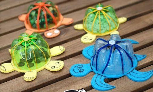 Spodek PET lahve, bavlnka, čtvrtka, vodovky(nebo nějaký molitan?)- a želva je…