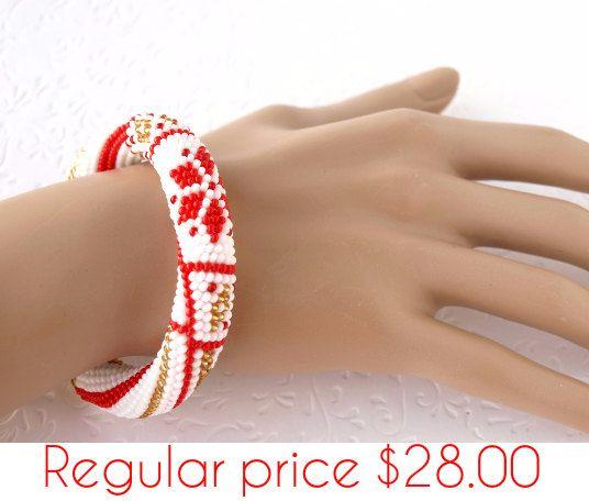 Tallone crochet Bracciale Xmas Bracciale Bracciale con stelle e Nordic perlina gioielli braccialetto bianco rosso gioielli etnici scandinavo Bracciale inverno SALE10%