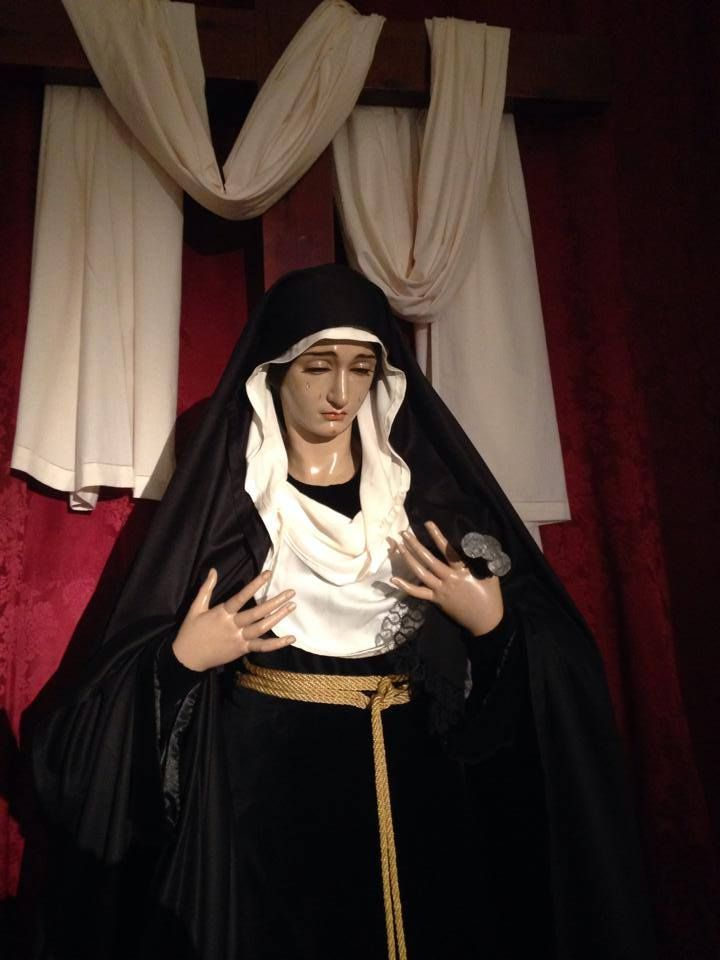 Luto de María Sta de la Esperanza. 2014. #ssantavelez14 #velezcofrade
