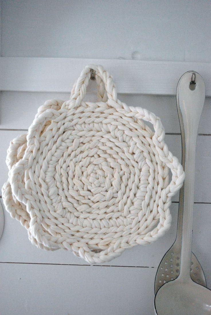 Crochet & Knit Trapillo, Trapilho, Tek-tek Yarn!