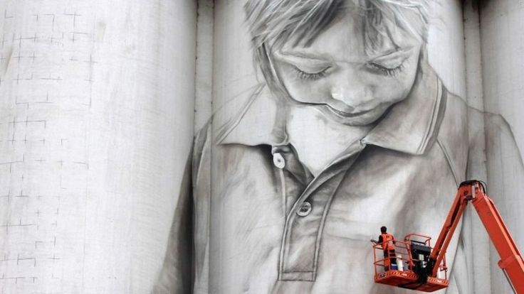 The street artist who paints wheat silos - BBC News