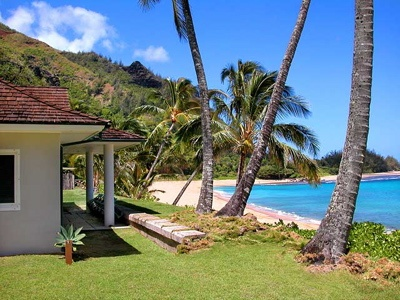 This is in road trips because it's not a dream vacay! it's happening again! This Pu'e One - Vacation House on Tunnels Beach Haena, #Kauai, Hawaii