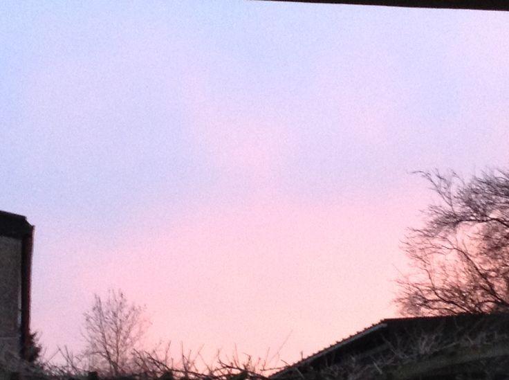 blauw-roze lucht