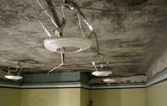 Натяжные потолки и электропроводка