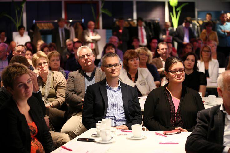 Koplopergemeente Waalwijk en PinkRoccade Local Government ontwikkelen in co-creatie iBurgerzaken. [19-06-2012]