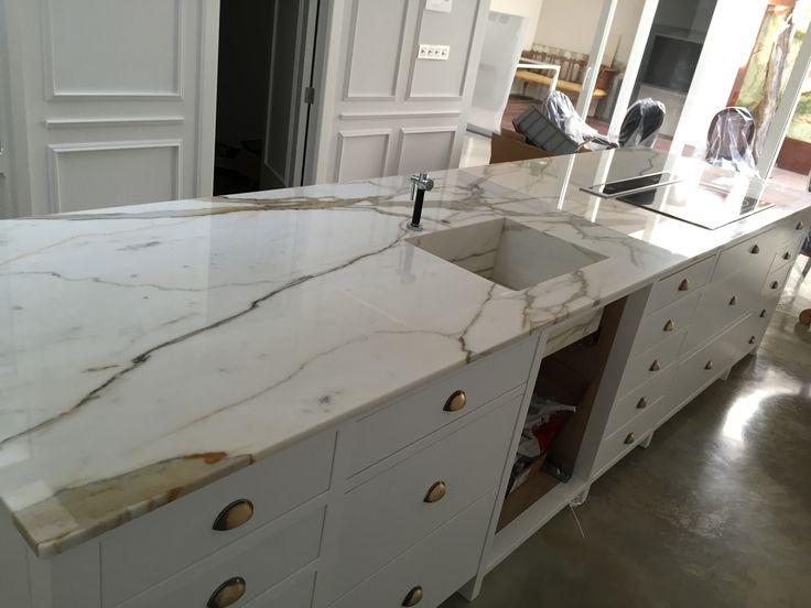 Las 25 mejores ideas sobre encimeras de granito en for Cocinas de marmol
