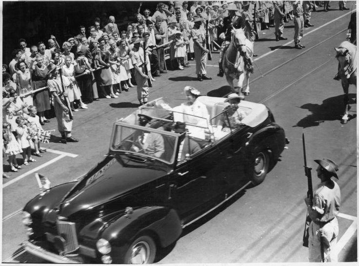 Elizabeth the Queen Mother, Hay Street, Perth, c1955 https://encore.slwa.wa.gov.au/iii/encore/record/C__Rb2925736