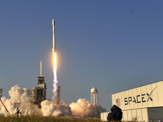 SpaceX bets the house to become satellite internet provider