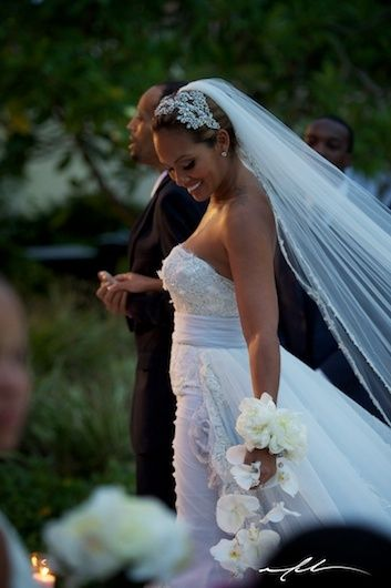 find this pin and more on evelyn lozada the best bridal bouquet alternative
