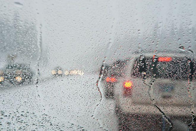 A Guns N' Roses dala, a November rain decemberben is érvényes, úgyhogy vigyázzunk egymásra az utakon!  http://automentomano.hu/2017/11/23/november-rain/
