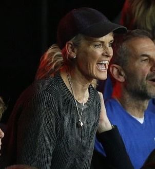 Judy Murray cheering on Andy & Jamie at the Davis Cup 2016 won by team GB
