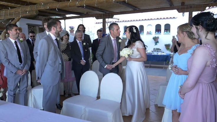 Visit www.amalficoastwedding.photos to find out more about professional wedding videographers and photographers in Ravello, on the Amalfi Coast.  This wedding movie is about the intimate symbolic ceremony of Danielle and Oliver in Ravello, with some beautiful moments in the main square and around the vintage city center of the amazing village captured in reportage style by Enrico Capuano and his team.