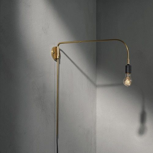 Cool andretro-chic Warren lamp is one of the amazing lamps in the Tribeca series for Menu designed by Søren Rose. Søren Rose is a multitalented Danish creative