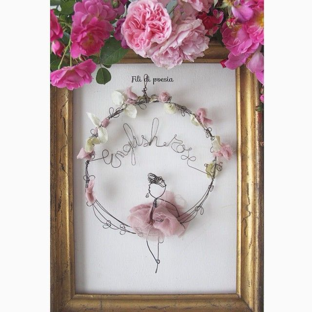 My English rose, textile and wire art by Fili di poesia