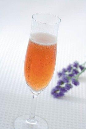 シャンパン風フルーツビネガードリンク