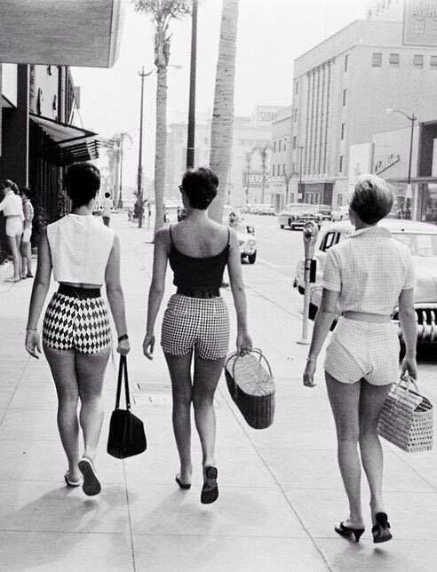 Girls in Hot Pants strolling down Wilshire Boulevard. Photo by Alan Grant for LIFE Magazine - 1958 | Vintage Los Angeles