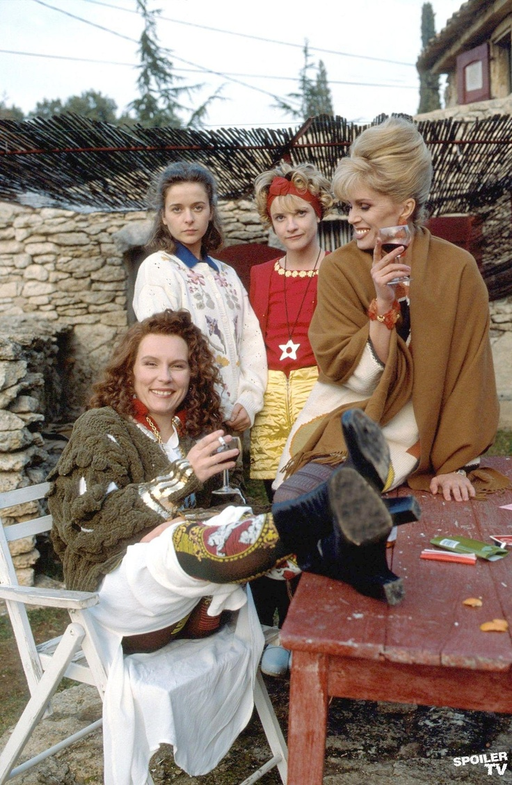 Jennifer Saunders as Eddie Monsoon, Julia Sawalha as Saffy Monsoon, Jane Horrocks as Bubble and Joanna Lumley as Patsy Stone, in the South of France!