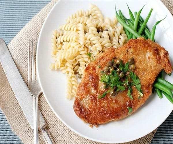 طريقة عمل البيكاتا بالفراخ بأكثر من طريقة Chicken Piccata Recipe Chicken Chicken Piccata