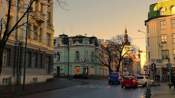 vue sur l'église de Niguliste Tallinn