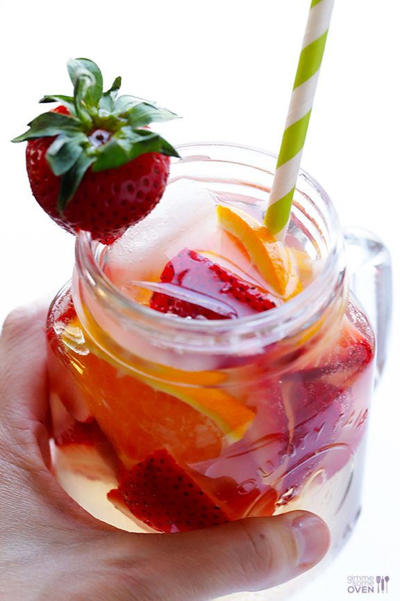 Strawberry Sangria -- easy to make, and naturally sweetened with honey! | gimmesomeoven.com