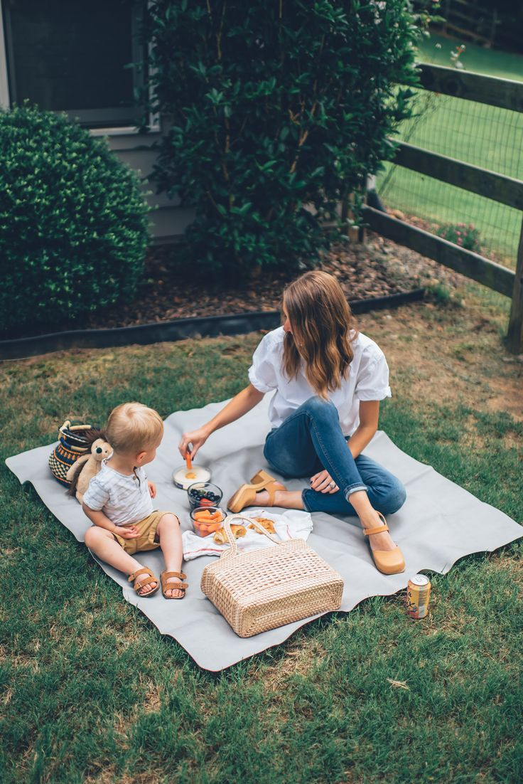 Picnics + 5 Other Practical Ways We Use Gathre Mats – The Southern Trunk