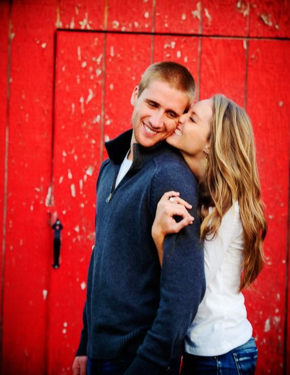 Cute engagement picture. Too bad Jason's like 2 ft taller than me -_-
