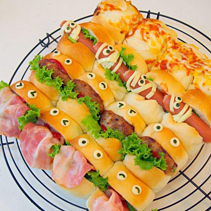 yunyun's dish photo ハロウィン  ちぎりパン | http://snapdish.co #SnapDish #簡単料理 #キャラクター #ハロウィン #ハンバーガー #サンドイッチ