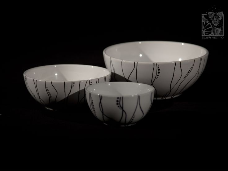 bowl series hand painted by Elisa Viotto Arte