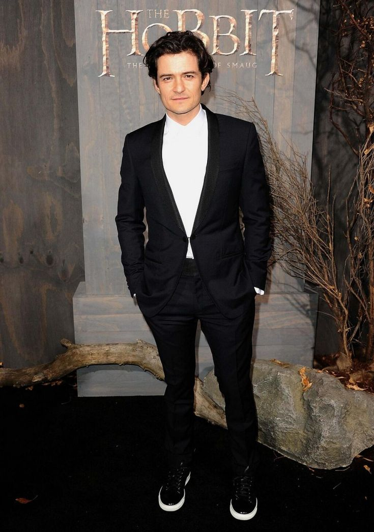 Men Without Ties: Suits Sans Tie