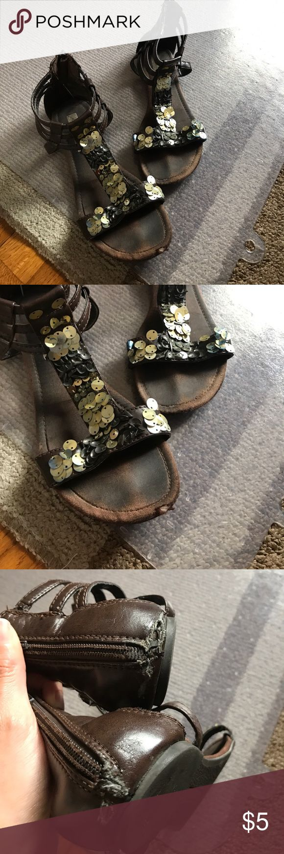 American Eagle Gold Sandals Size 7.5 American Eagle Gold Sandals Size 7.5 American Eagle Outfitters Shoes Sandals