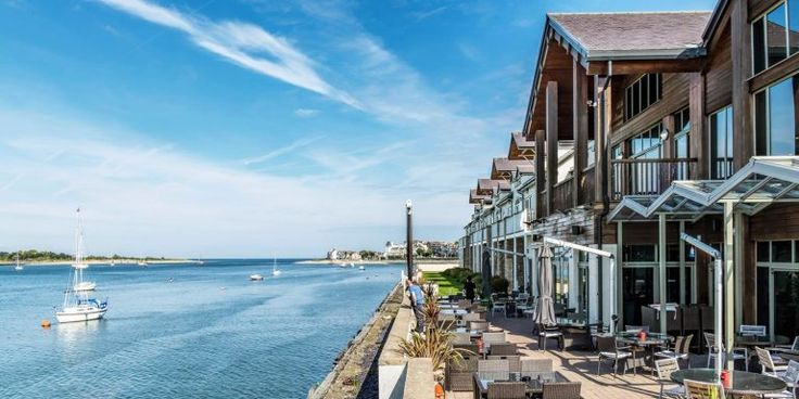 Check out this incredible selection of hotel deals from Travelzoo, fantastic hotels at fantastic prices with lots of freebies & extras secured for you by Travelzoo! Including their new Autumn breaks by the sea deals page, check out below; Conwy: