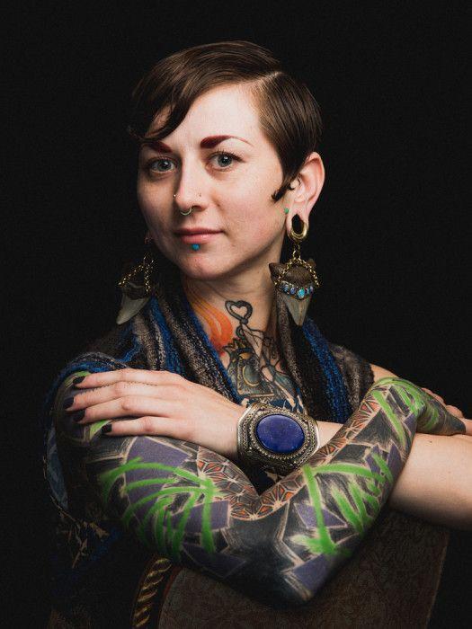 Джессика. Стиль - Evolve Body Jewelry. Автор фото: Роджер Кисби (Roger Kisby).