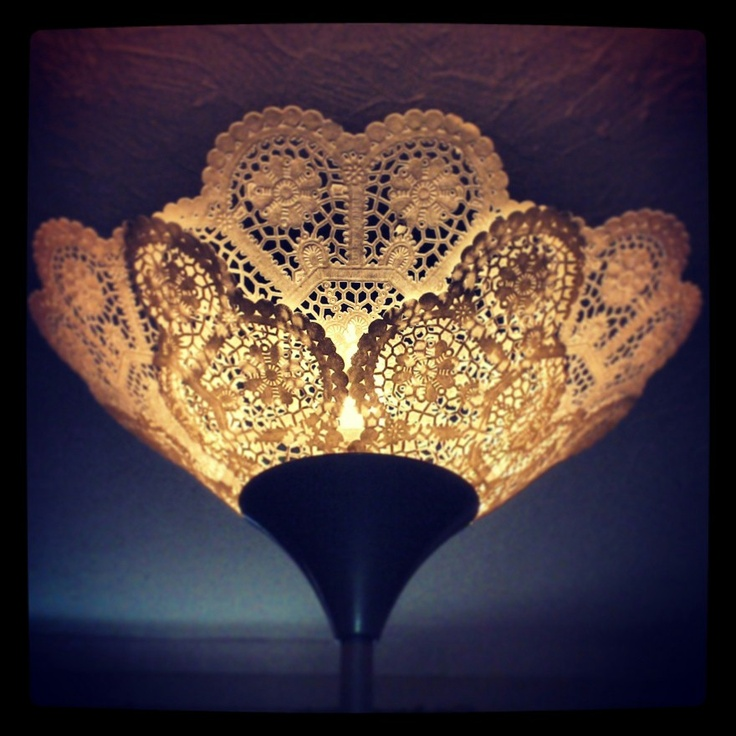 17 best images about doily lamp on pinterest lace lamp for Doily paper floor lamp