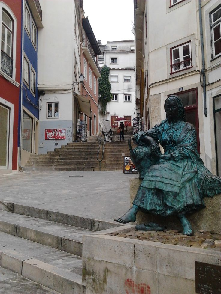 Escadas do Quebra-Costas, Coimbra, Portugal  http://maladviagem.blogspot.pt/ https://www.facebook.com/Maladviagem/