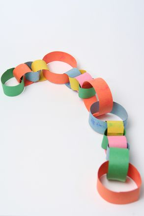Activities: Make a Paper Chain   Love the idea:  Add links to track each book you read, or something you are thankful for!