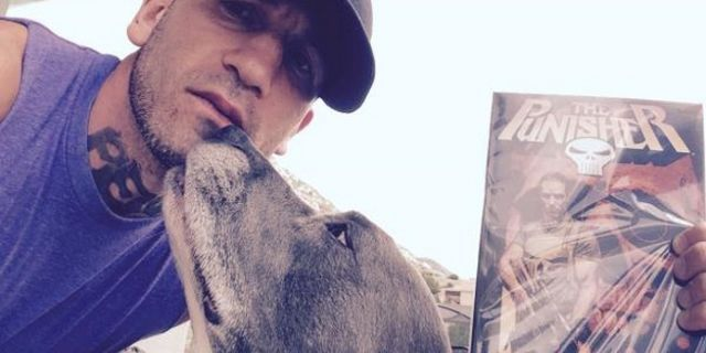 Jon Bernthal Poses With Punisher Comic To Celebrate Daredevil Casting
