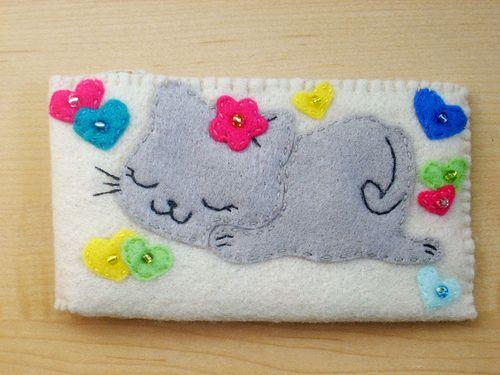 Cute kitty case by Familycraft, via Flickr