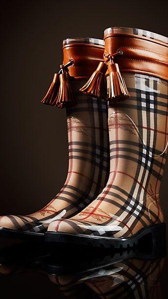 Burberry Rainboots. #Tartans and Plaids #Plaids #Scottish #Tartans