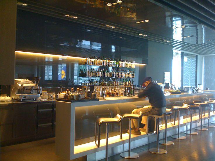 LH Lounge Bar (1200×900)